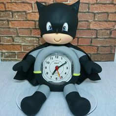 Christmas Clock, Fantasy Comics, Fimo Clay, Pasta Flexible, Clay Crafts, Felt Flowers, Chibi, Biscuits, Projects To Try