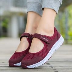 Buy Size Summer Women Casual Sneakers Mesh Breathable Shoes Fitness Shoes Walking Sneakers at Wish - Shopping Made Fun Running Sneakers, Casual Sneakers, Running Shoes, Sneakers Women, Walking Shoes, Shoes Sneakers, Jorge Gonzalez, Trend Fashion, Flats