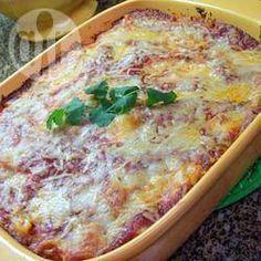 Macarrão de forno com molho de tomate e três queijos @ allrecipes.com.br