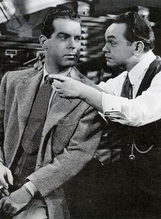 Fred MacMurray, Edward G. Robinson - Double Indemnity LOVE that movie! Hollywood Actor, Golden Age Of Hollywood, Hollywood Stars, Classic Hollywood, Classic Film Noir, Classic Movies, Movie Captions, Broderick Crawford, Edward G Robinson
