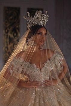 Extravagant Wedding Dresses, Stunning Wedding Dresses, Princess Wedding Dresses, Dream Wedding Dresses, Bridal Dresses, Wedding Gowns, Princess Bridal, Luxury Wedding Dress, Ball Dresses