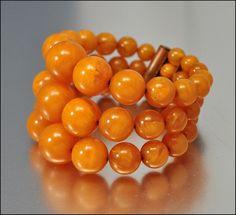 1930s Bakelite Bead wrap bracelet
