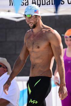 Pin for Later: And Now, a Hefty Dose of Hot Olympic Athletes Michael Phelps Country: USA Sport: Swimming Age: 31 Olympic Swimmers, Olympic Gymnastics, Olympic Athletes, Olympic Games, Male Athletes, Hot Men, Sexy Men, Swimmers Body Male, Swimmer Body