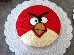 Angry Birds Red Bird Cake by GeekyGirlDawn, via Flickr