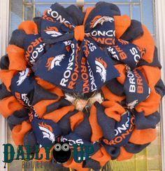 Denver Broncos Wreath Football Burlap Wreath by DallyUpBoutique Broncos Wreath, Football Wreath, Sports Wreaths, Wreath Ideas, Fall Wreaths, Denver Broncos, Football Season, 4th Of July Wreath, Burlap Wreath