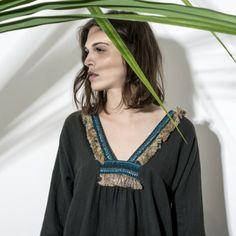 Tee Ena Noir - Collection AW 2015 #top #blouse #ethnique #boheme #travel #faitmain #franges #gipsy