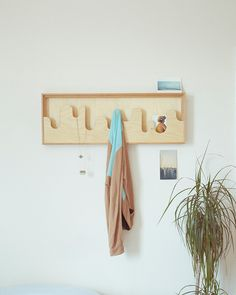 Space Saving Wallmonds Hanger For Small Hallways – Coat Hanger Design Coat Hanger, Coat Hooks, Wall Hanger, Hangers, Kids Furniture, Furniture Design, Furniture Plans, Small Hallways, Rack Design