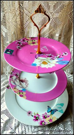 "Mother's Day ideal gift for the most loved person in the World: ""Don't take your mama out tonight!!!"". Impress HER with a ""nice cup of tea"" and homemade cakes in instead, served on this stunning floral patterned cake  stand... Think ""outside the box"" and I can assure you: SHE WILL LOVE IT..."