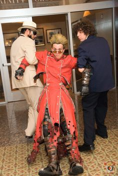 """Trigun. Curated by Suburban Fandom, NYC Tri-State Fan Events: http://yonkersfun.com/category/fandom/"""