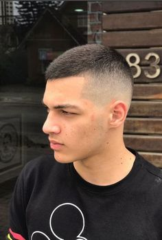40 Best Short Military Haircut And Hairstyle Ideas For Men Short Hair Cuts, Short Hair Styles, Faded Hair, Fade Haircut, Men Haircut Short, Military Haircut For Men, Short Haircuts For Men, Trendy Haircut, Cool Haircuts