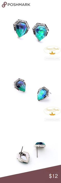 NWT Brilliant Northern Lights Stud Earrings BUY 2 get 1 FREE $10 & under! Crystal accent northern lights earrings.                                            FREE GIFT with purchases over $10.                BUNDLE TO SAVE 15%!                                      TAGS: Chloe Isabel, Northern lights earrings, stud earrings, Crystal earrings, emerald earrings. Summer Paradise Jewelry Earrings