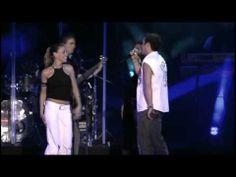 ▶ Alejandro Sanz - Y.Si Fuera Ella` Amiga Mia` Mi Soledad Y Yo. 2004 Live! - YouTube