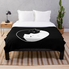 Cat Throw, Felix The Cats, Comforter Cover, Yin Yang, Cot, Mask For Kids, Comforters, Throw Blankets, Best Gifts