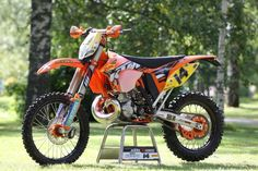 KTM 300 EXC - rode the 6 days of michigan with this bike - nice bike