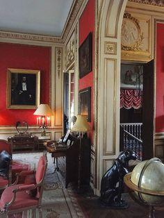 Private Mansion, Paris VII      NOTE moldings inside door casing-mjm