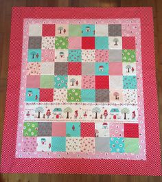 Tutorial on how to make this awesome, yet simple patchwork quilt. I like how the simple patchwork really shows off the fabric!