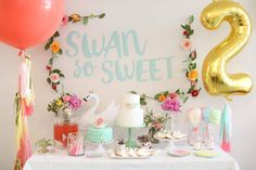 Colorful & Cheerful Swan-Themed Party With Pippa & Co.