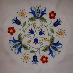 Circle Tulip design in the traditional Kashubian style (Poland) machine embroidery file vp3