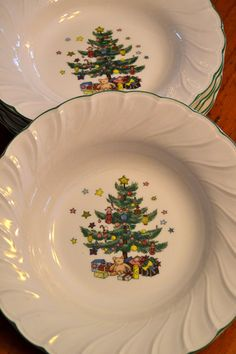 Nikko Happy Holidays Large Rimmed SOUP BOWL Christmas tree stars presents holiday Japan ironstone pottery vintage dinnerware & Vtg 1980u0027s Nikko Happy Holidays Christmas Tree Presents 14 ...