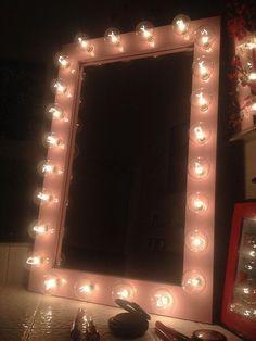 Pretty-n-Pink lighted vanity mirror