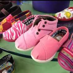 Variety of pink toms for toddlers