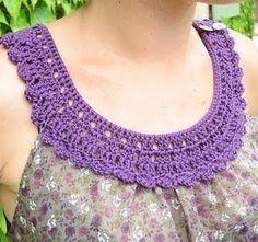 Haut tissu et crochet part 5 par Kaloou - thread&needles Filet Crochet, Col Crochet, Crochet Fabric, Crochet Baby, Patron Crochet, Crochet Triangle, Irish Crochet, Crochet Collar Pattern, Crochet Lace Collar