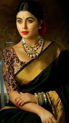 Plain saree with kalamkari blouse Saris, Indian Dresses, Indian Outfits, Modern Saree, Vogue, Elegant Saree, Portraits, Saree Blouse Designs, Kalamkari Blouse Designs