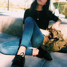 __emileerosee's photo on Instagram