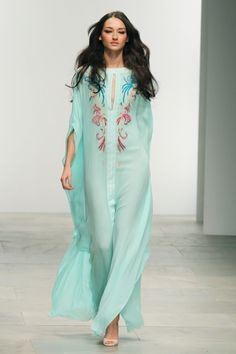 We're all about that beach life! Not to mention obsessed with the Caftons. From Boho Beach this embroidered semi sheer turquoise caftan is a must. Plus Size Beach Wear, Kaftan Tops, Estilo Hippy, Swimwear Cover Ups, Caftan Dress, Mode Hijab, Indian Dresses, Fashion Beauty, Outfits
