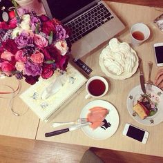 Good morning fashionistas, have a great day! :) #breakfast #coffee #goodmorning #fashionista