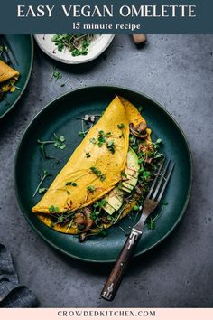 Say hello to your new favorite classic brunch recipe: this ridiculously easy vegan omelette! The chickpea flour omelette batter comes together in a blender in less than 5 minutes, and they only take a few minutes to cook for a quick, customizable, egg-free breakfast. Vegan Brunch Recipes, Veggie Recipes, Vegan Omelette, Bean Flour, 15 Minute Meals, Spinach And Cheese, Free Breakfast, Vegan Butter, Vegan Dishes