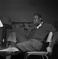 This reminds me of Relaxin' with the Miles Davis Quartet, recorded during the 1950's.