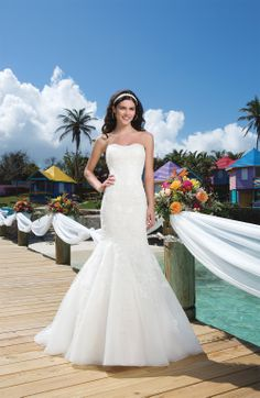 Sincerity 3776 from Bridal Shop Romford 01708 743999 www.bridalshopltd.co.uk
