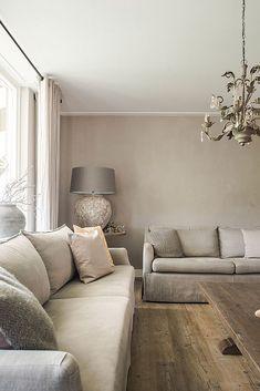 Landelijk wonen in Opheusden – Finance is important Taupe Living Room, Home Design Living Room, Living Room Interior, Home And Living, Living Room Decor, Living Spaces, Taupe Rooms, Sofa Design, Interior Design
