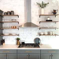 Kitchen style and kitchen idea for all of your dream kitchen needs. Modern kitchen idea at its finest. Shelves, Kitchen Remodel, Open Kitchen Shelves, Modern Kitchen, Home Kitchens, Kitchen Layout, Rustic Kitchen, Kitchen Style, Kitchen Design