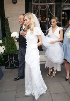 Swoon! Poppy Delevingne's gorgeous Chanel Haute Couture wedding dress. // #wedding #bridal #weddingdress