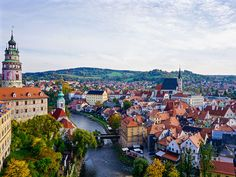 Experience the best study abroad programs in Prague, Czech Republic. International Studies Abroad is here to help you gain that experience. Weekend In Prague, University Of Denver, Future Travel, Study Abroad, Czech Republic, Day Trips, Paris Skyline, Dolores Park, National Parks