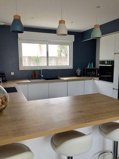 46 Trendy Kitchen Modern White Minimalist Home Kitchen Ikea, Modern Kitchen Cabinets, Kitchen Furniture, Kitchen Interior, Kitchen Decor, Kitchen Modern, Kitchen Backsplash, Backsplash Ideas, Minimal Kitchen