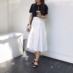 Minimal fashion, black and white Korean Outfits, Mode Outfits, Skirt Outfits, Casual Outfits, Fashion Outfits, Long Skirt Fashion, Modest Fashion, Korean Fashion Trends, Asian Fashion