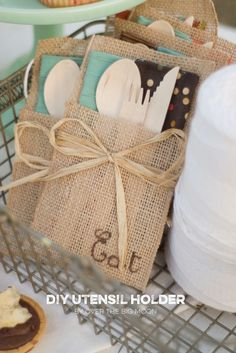 The Party Hop: Autumn Market - DIY Food Labels/Utensil Holder/Wreath