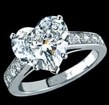 Heart shaped engagement rings merge the stylishness of an engagement ring with the imagery and love affair of a heart for a momentous and . Heart Shaped Diamond Ring, Heart Shaped Engagement Rings, Diamond Engagement Rings, Heart Ring, Graff Jewelry, Diamond Jewellery, Dubai Gold Jewelry, Heart Jewelry, Jewelry Sets