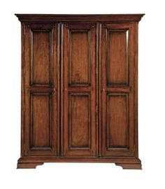 The family of the king requires only the best in furniture design and this Loxley Bedroom Triple Wardrobe is enough to fit the wealth of dresses of any queen. #Inspiration #GameofThrones #GoT #fashion #furniture #trends #HouseFV