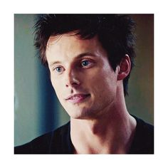 Bradley James Daily ❤ liked on Polyvore featuring izombie