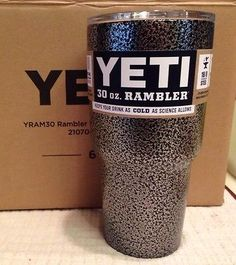 YETI 30 oz Rambler Tumbler Silver Black Vein Stainless Steel Mug Free Shipping