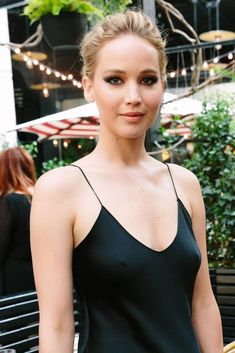 Jennifer lawrence - models and actresses Katniss Braid, Katniss Everdeen, Jennifer Lawrence Photos, Jennifer Lopez, Jennifer Lawrence Fashion, Jennifer Lawrence Makeup, Hollywood Celebrities, Hollywood Actresses, Jenifer Lawrens