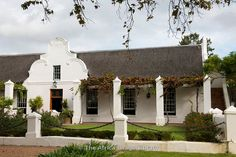 Photos and pictures of: Cape Dutch manor house, Vergenoegd Estate, Helderberg Wine Route, South Africa - The Africa Image Library South African Homes, African House, Holland, Fachada Colonial, Cape Cod Cottage, Cape Dutch, Dutch House, Dutch Colonial, Architectural Features