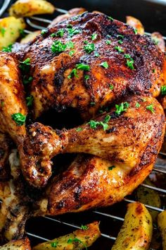Learn how to make the best Roast Chicken recipe! Fear not with this simple rotisserie-style spice blend and step-by-step instructions that will give you juicy and flavorful chicken with perfectly crisp skin every time. IIngredients 4 lb whole chicken t Best Roast Chicken Recipe, Best Roasted Chicken, Baked Chicken, Tandoori Chicken, Rotisserie Chicken, Grilled Chicken, Broiler Chicken, Grilled Seafood, Coconut Chicken