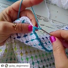 Gülay Perveli DEĞİRMENCİ (@gulay_degirmenci) • Instagram fotoğrafları ve videoları Crochet Block Stitch, Crochet Waffle Stitch, Crochet Blocks, Crotchet Patterns, Granny Square Crochet Pattern, Afghan Crochet Patterns, Crochet Home, Crochet Yarn, Crochet Stitches