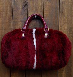 Bolsa de pelo coelho na Mab Store - www.mabstore.com.br