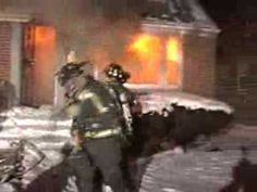 VERY SCARY HOUSE FIRE & FLASHOVER WITH ESCAPE! (Dolton,IL)